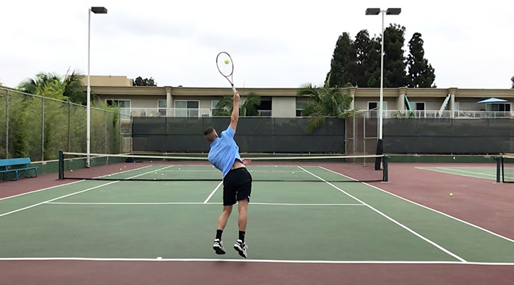 Slice Serve: Contact Point & Racquet Angle